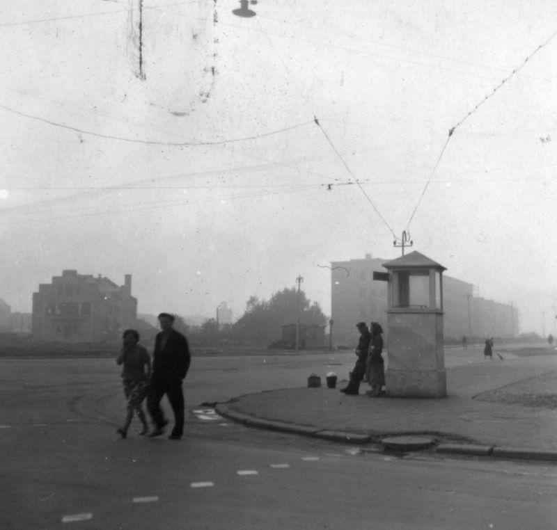 Площадь Победы в начале 1960-х годов