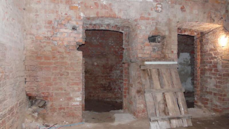 В подвалах бывшей полоцкой больницы
