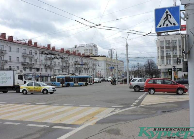 Площадь Свободы и улица Замковая