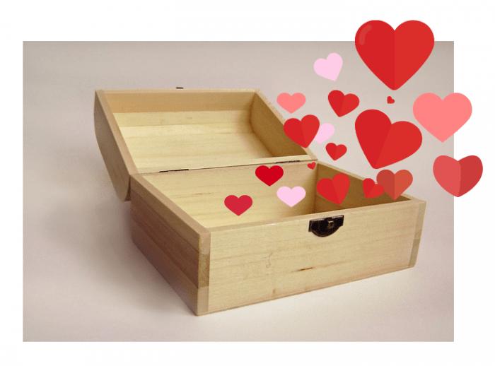 сундук с сердечками