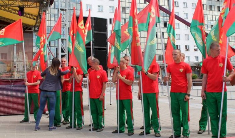 БРСМ на площади Победы