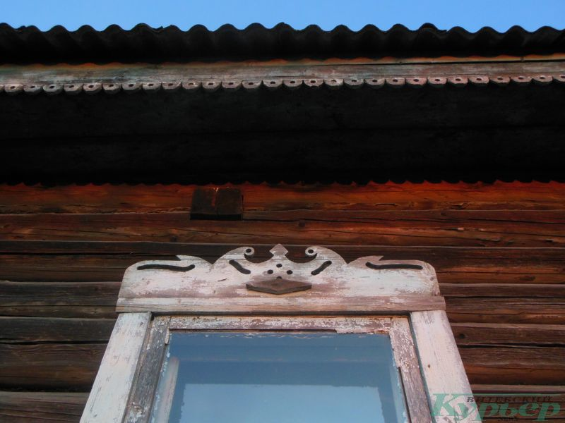 Наличник заброшенного дома