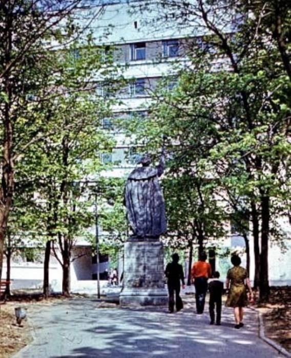 памятник Богдану Хмельницкому в Витебске