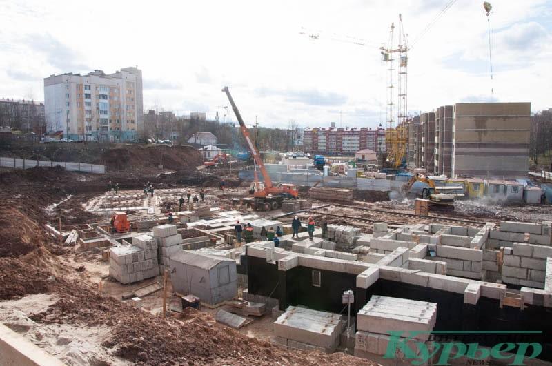 большая стройка жилых домов