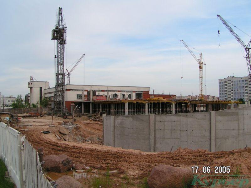 2005 год. Строительство паркинга у Ольги