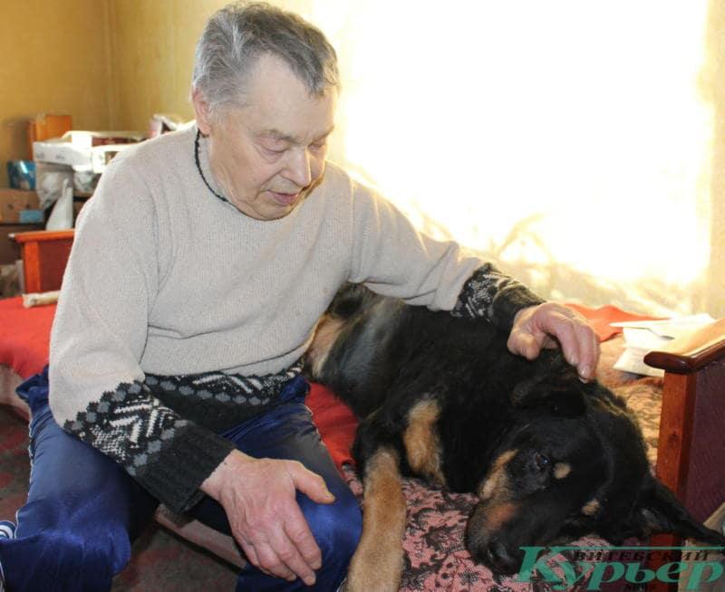 Джек живет у Валерия уже 2,5 года