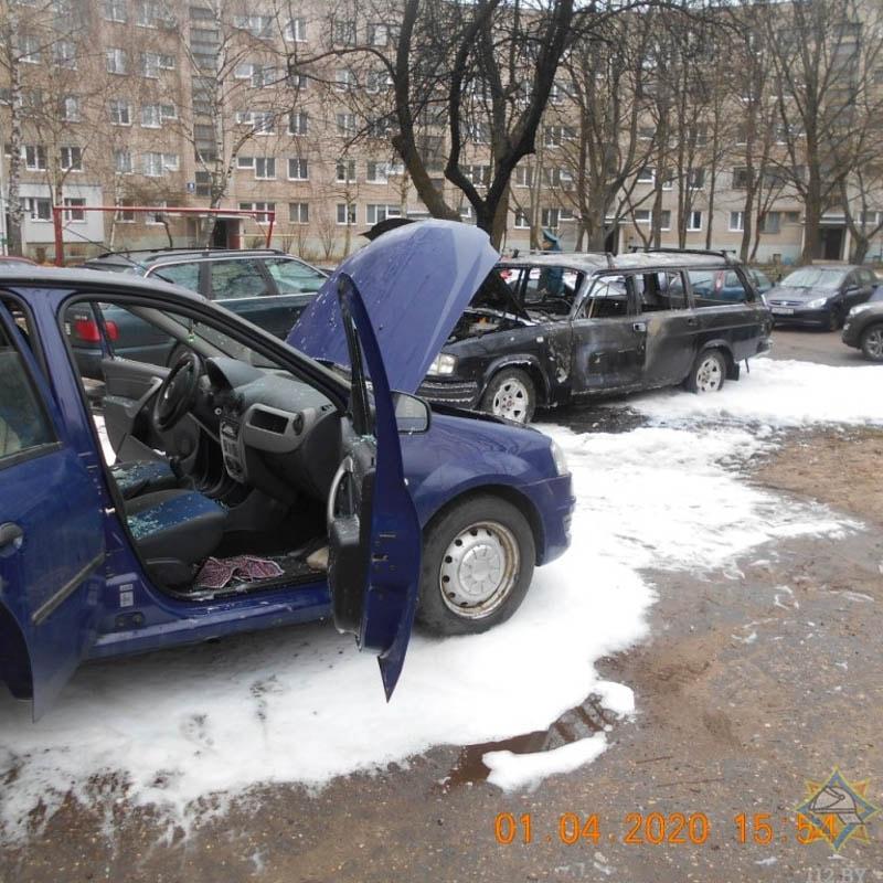 сгоревшие автомобили в Новополоцке