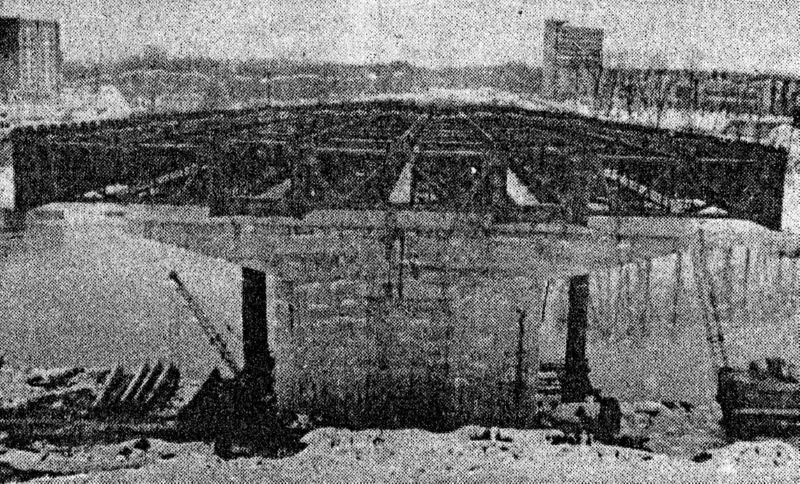 1992 года. Надвигание конструкций нового моста Блохина