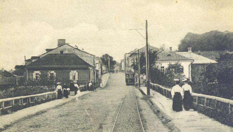 Трамвай на Задуновской улице