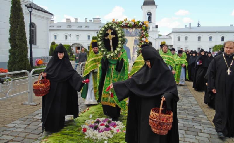 Торжественная процессия в Полоцке