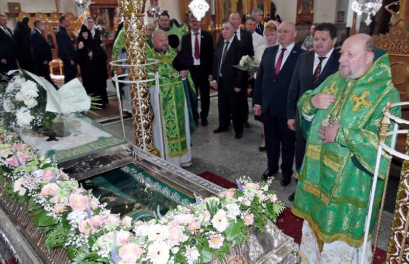 Литургия у гробницы Евфросинии Полоцкой