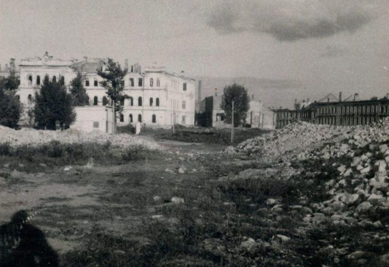 1948 год. Разрушения на Замковой улице