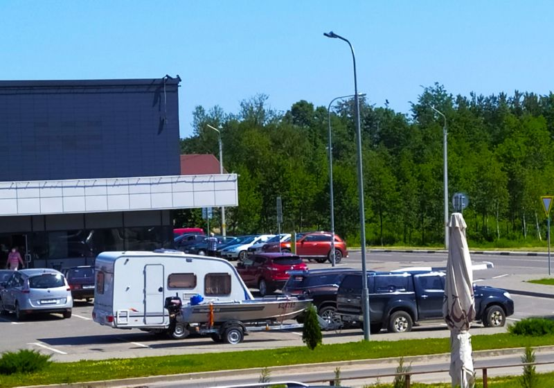 Машины туристов в Браславе