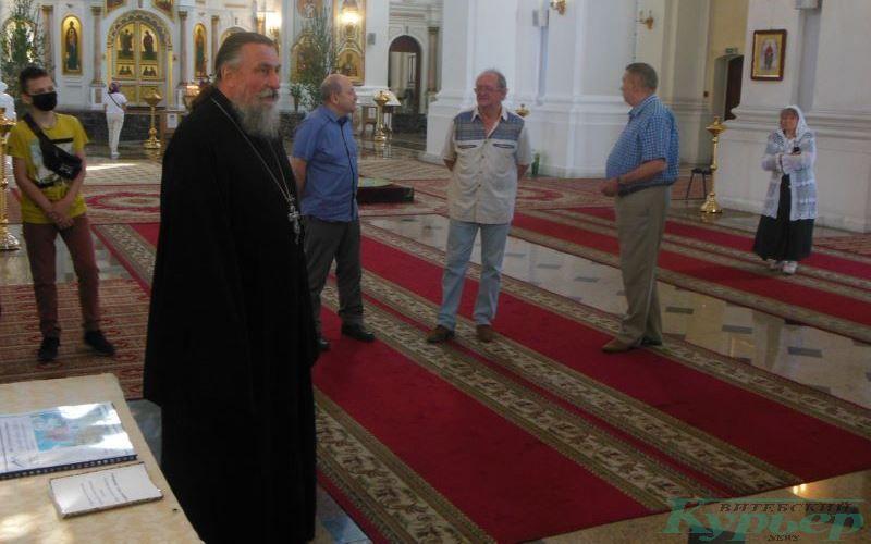 Отец Михаил отвечает на вопросы о строительстве Софийского собора