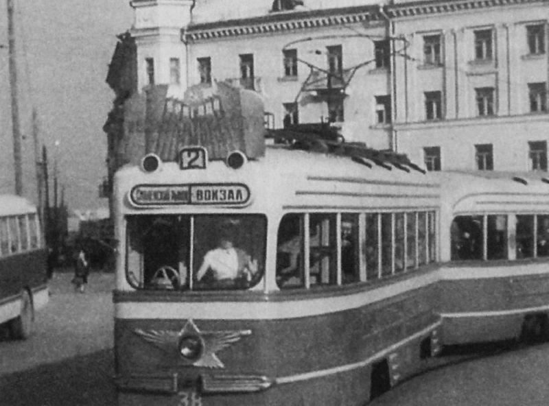 1959 год. Трамвай на Смоленской площади