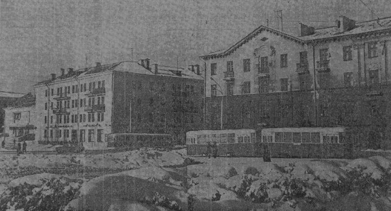 1969 год. Трамвайный поворот с улицы Ленина на улицу Горовца