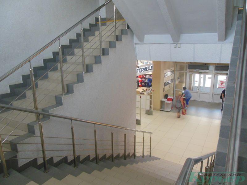 Лестница в универмаге