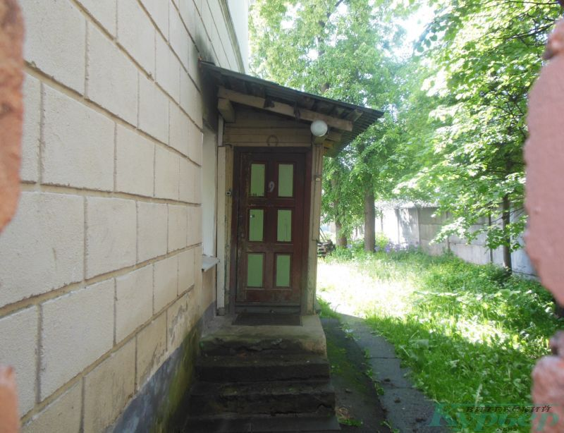 Димитрова, 9. Квартира с выходом на улицу