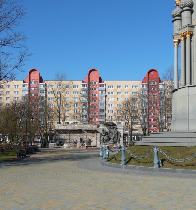 Вид на памятник освободителям Полоцка
