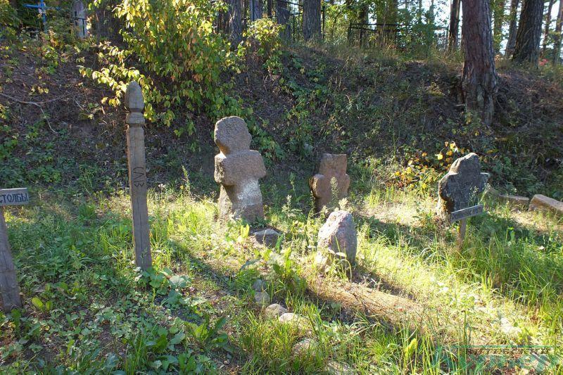 Каменные кресты в Шевино