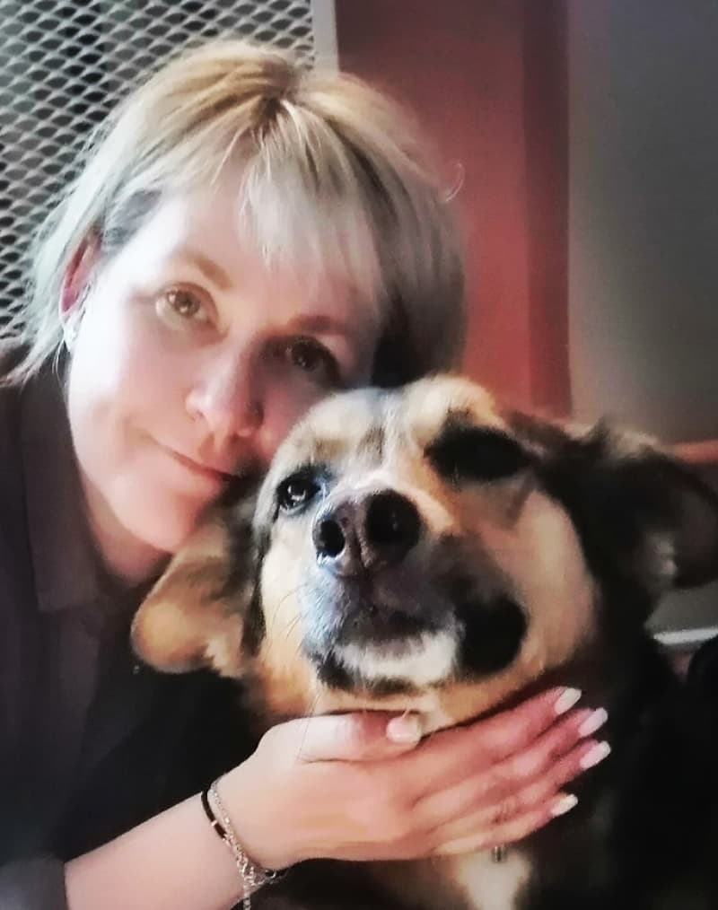 Инга с собакой