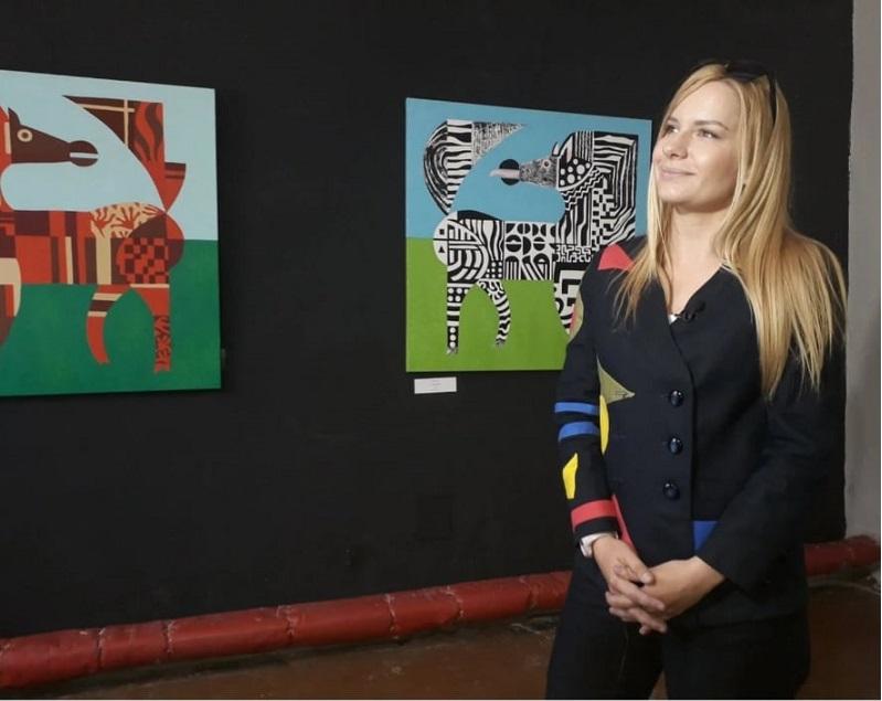 Дарья Еремеева на открытии выставки