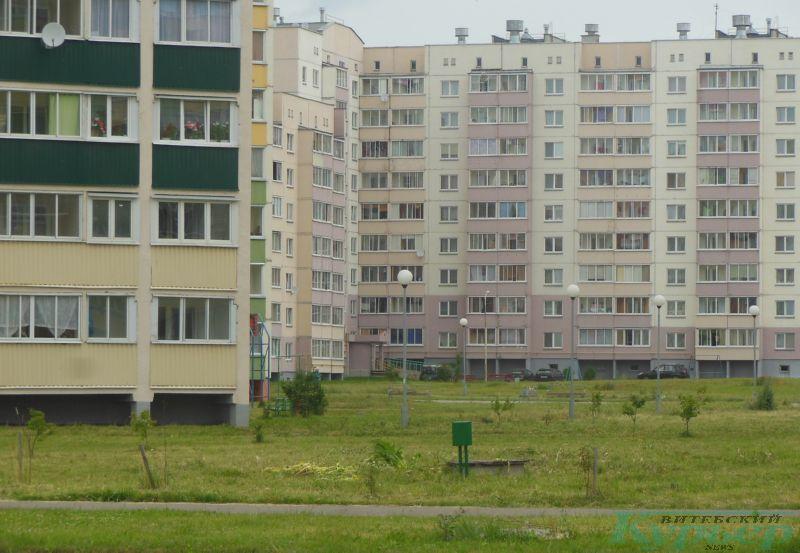 Скошенный борщевик на улице Богатырева