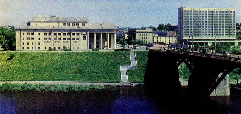 """1973 год. Окончание строительства гостиницы """"Витебск"""""""