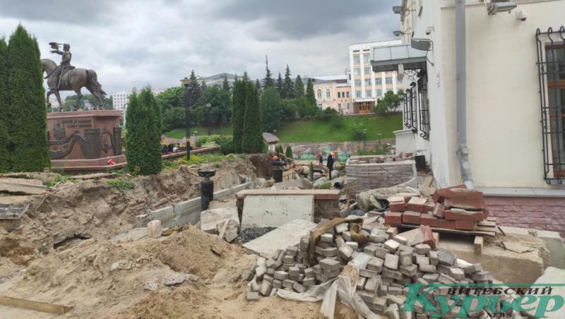 Работы возле памятника Ольгерду