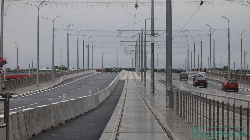 Трамвайные пути на путепроводе
