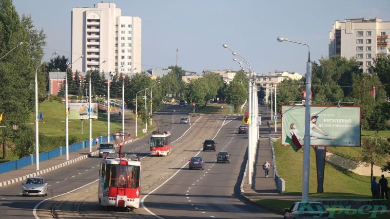 Трамваи на Юбилейном мосту