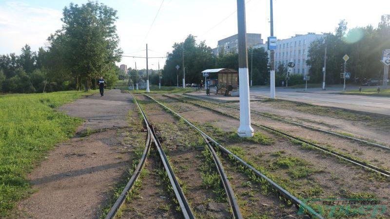 Пути и брусчатка в Журжево