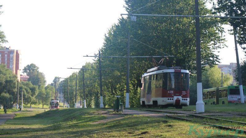 Улица Гагарина. Трамвайная остановка