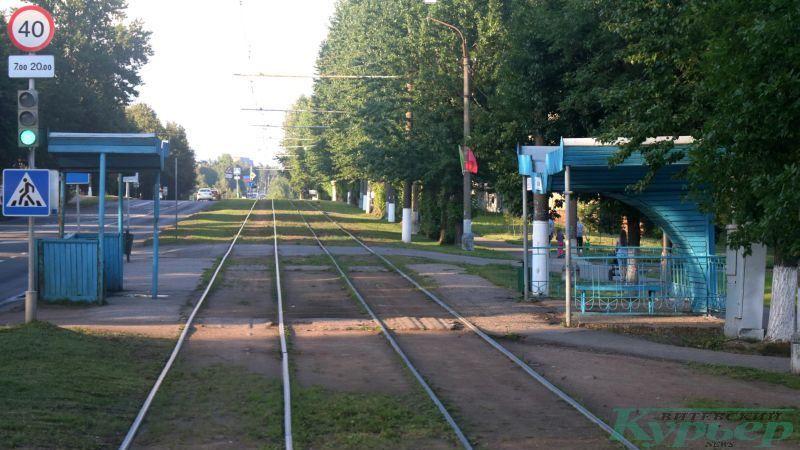Деревянные остановки на улице Осипенко