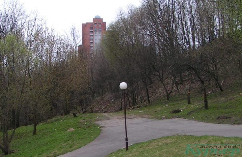 Высотный дом на улице Правды. Вид со стороны амфитеатра