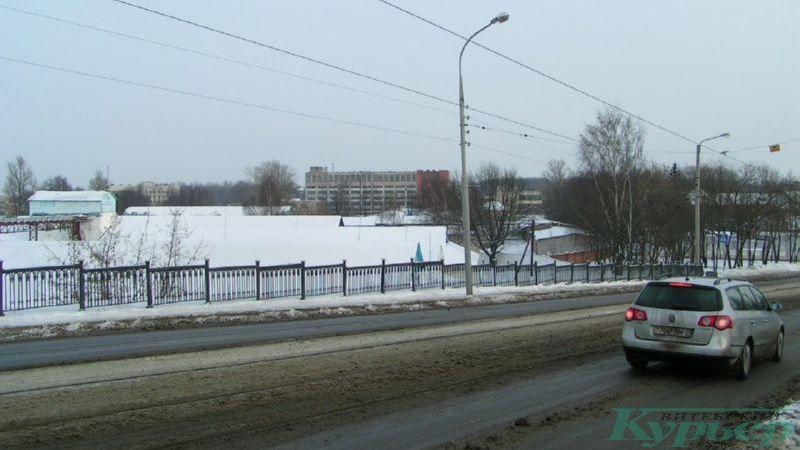 2010 год. Решетка Полоцкого путепровода