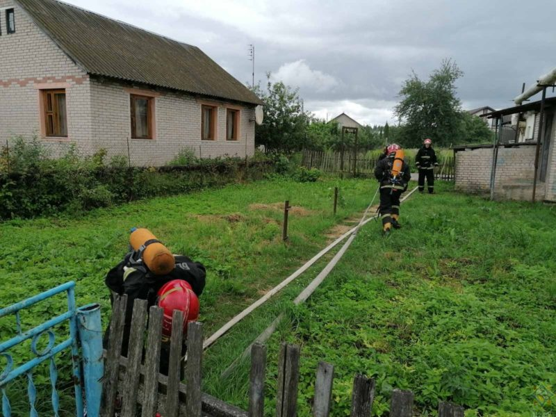 работают пожарные Витебский район