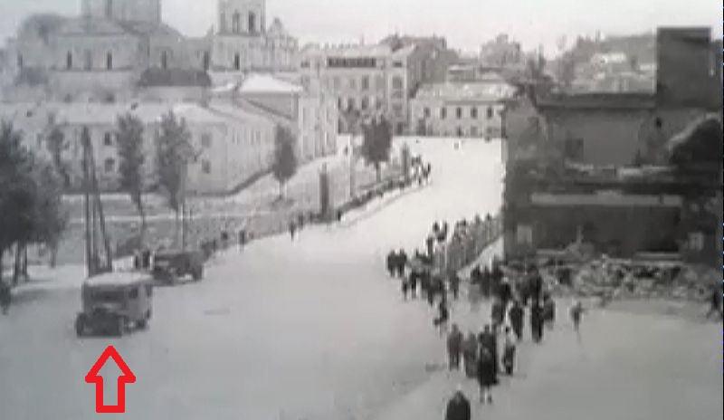 1947 год. Один из первых послевоенных автобусов