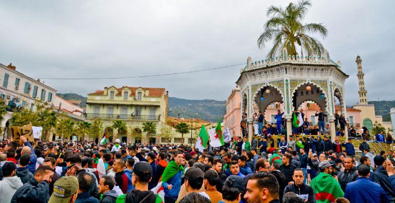 Протесты в Алжире в 2019 году