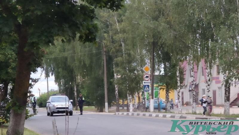 Гаи перекрыло дорогу в Лепеле