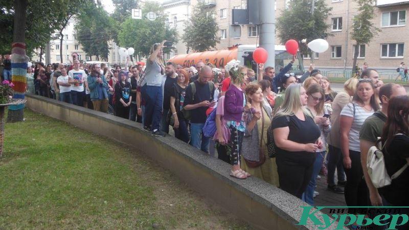 Мирная акция на улице Космонавтов