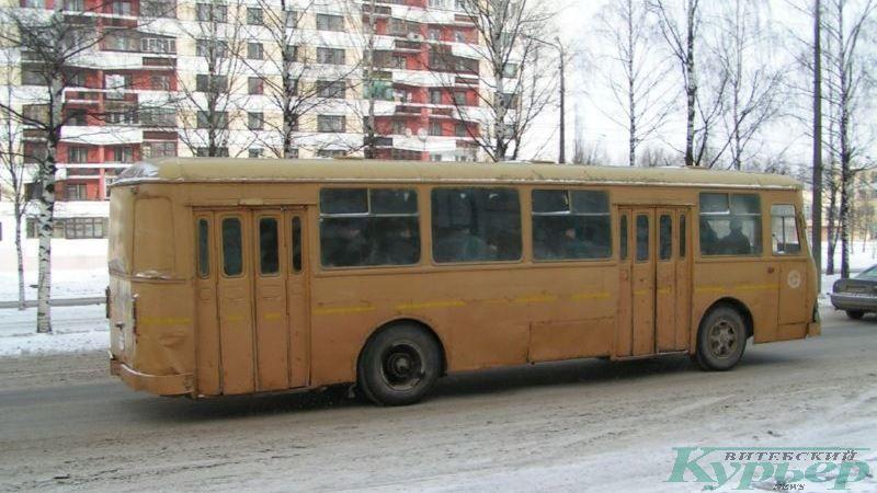 2005 год. Автобус ЛиАЗ на Московском проспекте