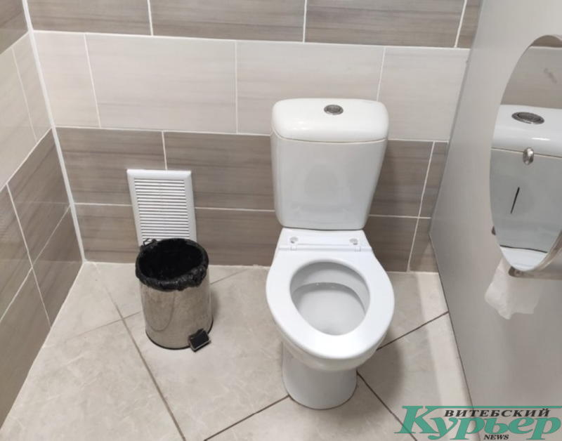 Кабинка туалета в Гомеле
