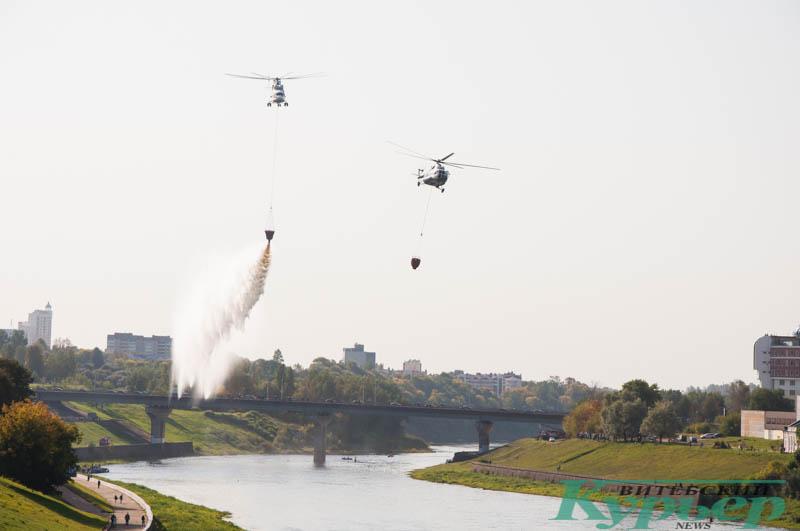 вертолеты над Кировским мостом витебск
