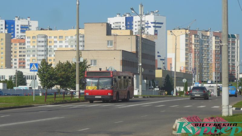 Автобус № 4 на улице Короткевича