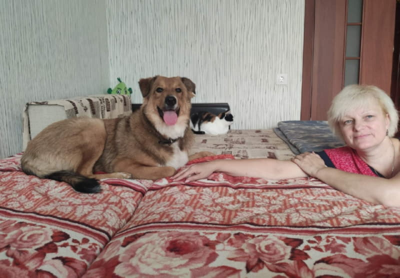 Собака с любимой хозяйкой