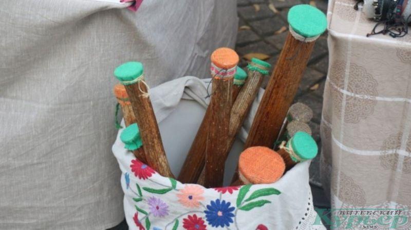 Изделия из борщевика на ярмарке ремесел
