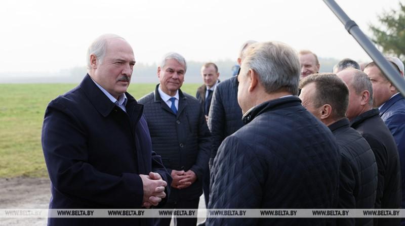 Александр Лукашенко на Толочинском консервном заводе