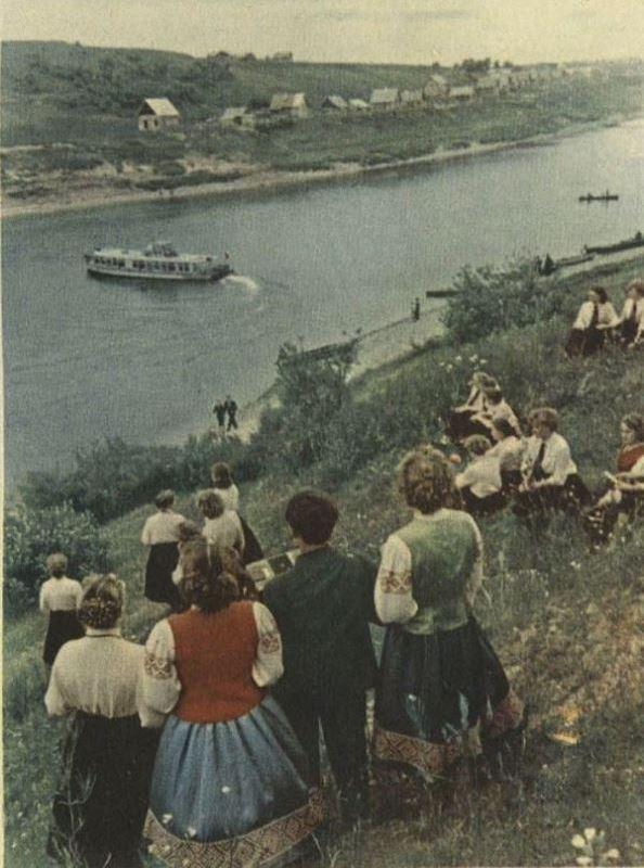 Теплоход в парке Мазурино