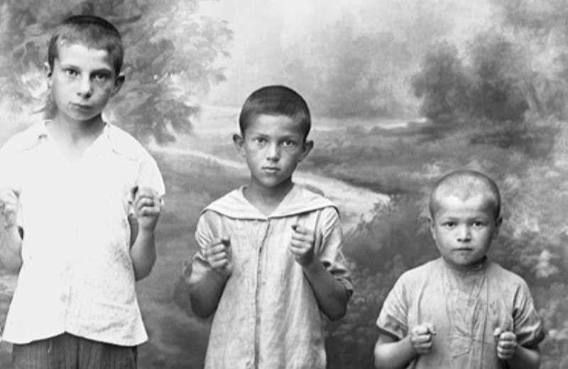 Дети сто лет назад